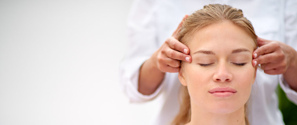 What is holistic therapy? Holistic head massage